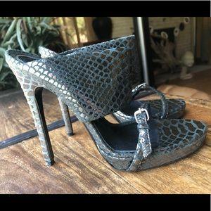 Thomas Wylde Teal & Chrome  Snakeskin Heels sz 37